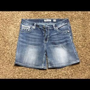 Charme shorts.